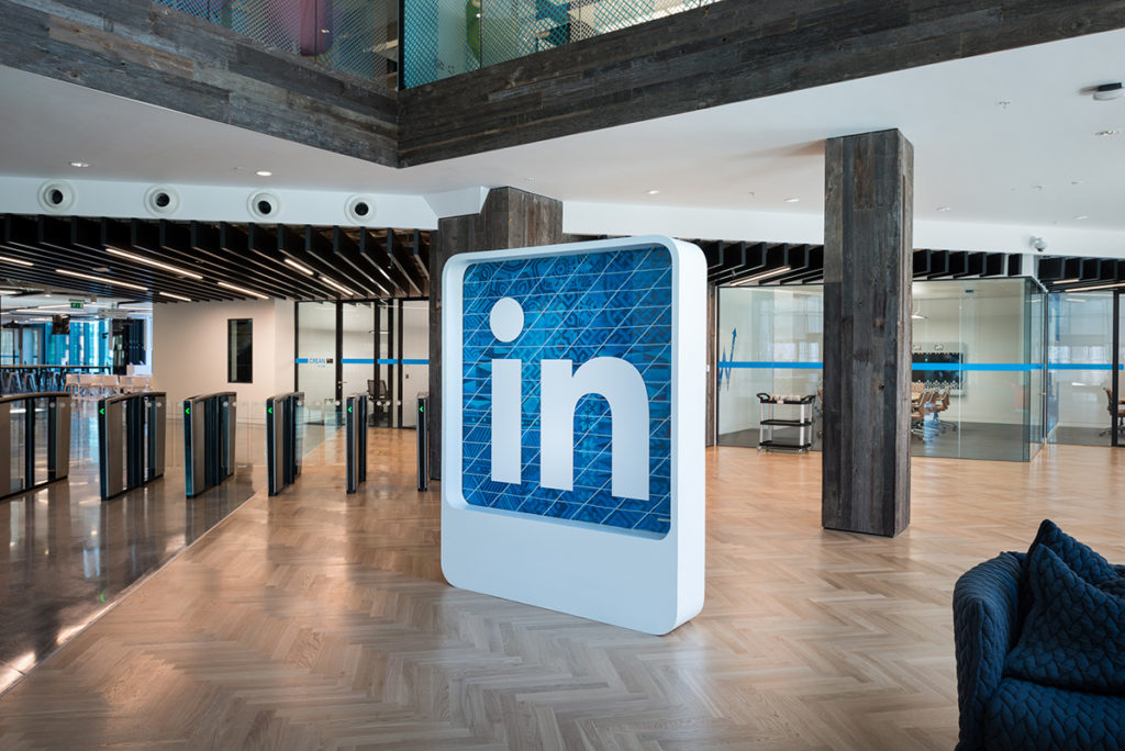 3D Branding_LinkedIn Office Dublin_Crafted Logo_Experiential Office Design
